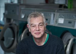 Jim Bakker, eigenaar van wasserette De Knijper